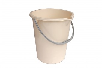 Bucket 12 l with spout
